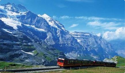 蓝色列车提供更为绿色的出行方式