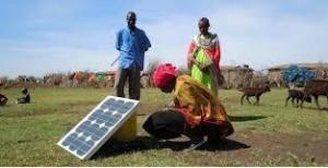 利用太阳能为手机充电